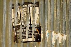 Cartel acanalado imagenes de archivo