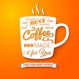Cartel con la taza de café en un fondo alegre brillante. Imagenes de archivo