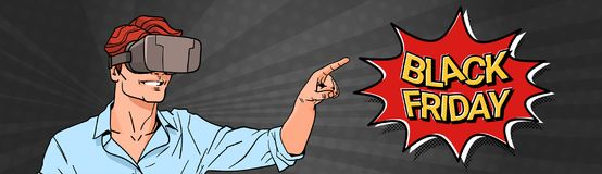 Cartel de Black Friday con el hombre que lleva los vidrios de la realidad virtual 3d que señalan el finger en bandera horizontal  Fotografía de archivo