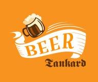 Cartel de la cervecería con la jarra de cerveza de la cerveza Fotos de archivo