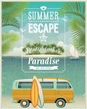 Cartel de la opinión de la playa del vintage con la furgoneta que practica surf. Vect
