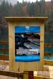 Cartel de la publicidad para el festival de la pesca de la trucha foto de archivo libre de regalías