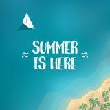 Cartel de las vacaciones de verano, plantilla de la bandera con el yate en el océano y playa arenosa de la isla tropical Vector p Fotografía de archivo libre de regalías