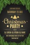Cartel de lujo para una fiesta de Navidad Árbol de navidad en un fondo negro Fondo celebrador Texto del oro con la descripción Te Foto de archivo