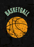 Cartel del estilo del grunge del vintage del baloncesto Ilustración retra del vector Imagen de archivo