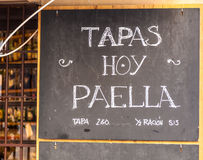 Cartel exterior do menu em Barcelona - Espanha Foto de Stock Royalty Free