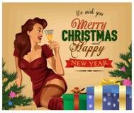 Cartel retro de la Navidad Pin Up Girl con champán Fotografía de archivo libre de regalías