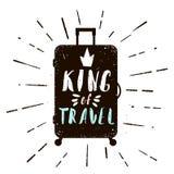 Cartel tipográfico con la silueta del caso Rey del texto del viaje Ilustración del vector en estilo retro Fotografía de archivo