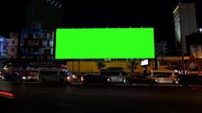 Cartelera de publicidad en blanco, pantalla verde, lapso de tiempo almacen de metraje de vídeo