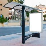Cartelera en la parada de omnibus Imagen de archivo libre de regalías