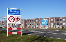 Cartelera para las elecciones del consejo municipal en los Países Bajos en 2018 Foto de archivo libre de regalías