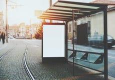 Cartelera vacía dentro de la estación de la tranvía fotos de archivo libres de regalías