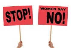 Carteles feministas y generales de la protesta Sociedad civil etc Fotografía de archivo