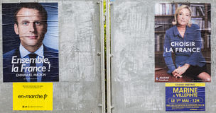 Carteles franceses de la elección - la segunda ronda Fotos de archivo