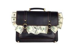 Cartella di cuoio nera con i dollari isolati su backgroun bianco Fotografie Stock