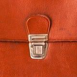 Cartella di cuoio rossa della serratura del metallo vecchia Fotografie Stock Libere da Diritti
