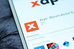 Cartera app móvil del bitcoin de Xapo Imágenes de archivo libres de regalías