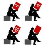 Cartera del libro de lectura que se sienta Fotografía de archivo libre de regalías