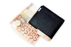 Cartera y 50 billetes de banco euro Fotografía de archivo
