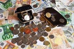 Carteras para diversos billetes de las monedas y del ower de las monedas foto de archivo libre de regalías