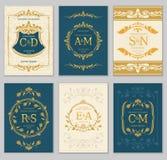 Cartes de luxe de vecteur d'invitation de mariage de vintage avec les monogrammes de logo et le cadre fleuri illustration libre de droits