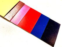 Cartes de papier colorées Photographie stock