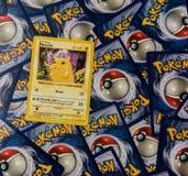 Cartes de Pokemon avec Pikachu images stock