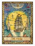 Cartões de tarô velhos Plataforma completa A lua… em uma noite nebulosa Imagem de Stock Royalty Free