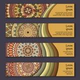 Cartes en liasse de bannière avec le fond décoratif coloré floral d'éléments de mandala illustration stock