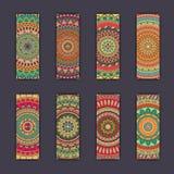 Cartes en liasse de bannière avec le fond décoratif coloré floral d'éléments de mandala Photos stock
