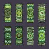 Cartes en liasse de bannière avec le fond décoratif coloré floral d'éléments de mandala Image stock