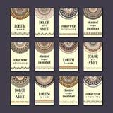 Cartes en liasse de bannières de vintage Mandala ornemental, éléments décoratifs de cercle ethnique Images libres de droits