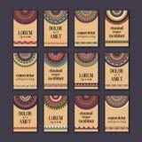 Cartes en liasse de bannières de vintage Mandala ornemental, éléments décoratifs de cercle ethnique illustration stock