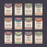 Cartes en liasse de bannières de vintage Mandala ornemental, cercle ethnique décembre illustration stock
