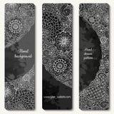 Cartes en liasse florales de modèle de griffonnage tiré par la main abstrait de vecteur Images stock