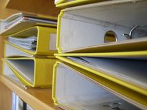 Cartes jaunes Images stock