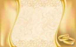 Cartão do convite do casamento com anéis e a Flor dourados Foto de Stock Royalty Free