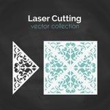 Cartão do corte do laser Molde para o corte do laser Ilustração do entalhe com decoração abstrata Convite cortado do casamento Imagens de Stock Royalty Free