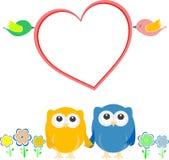 Cartão do Valentim com pares, corujas e coração do pássaro Imagem de Stock