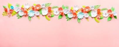 Cartolina d'auguri con differenti fiori di carta Immagini Stock Libere da Diritti