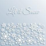 Cartolina d'auguri di carta di Natale di stile con i fiocchi di neve bianchi Lasciate nevicare testo Modello del fondo di vettore illustrazione di stock
