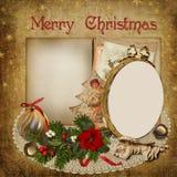 Cartolina d'auguri di Natale con la struttura, la decorazione e lo spazio per testo Fotografia Stock