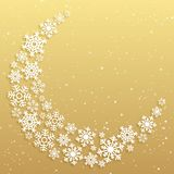 Cartolina d'auguri di Natale con una mezzaluna fatta dei fiocchi di neve bianchi su un fondo dorato Modello di vettore di festa d royalty illustrazione gratis