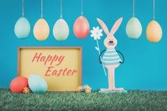 Cartolina d'auguri di Pasqua con il coniglietto d'annata fotografie stock libere da diritti
