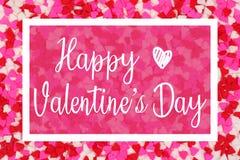 Cartolina d'auguri felice di giorno di biglietti di S. Valentino con testo bianco sopra un fondo del cuore della caramella immagine stock libera da diritti