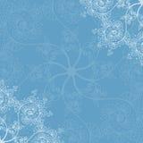 Cartolina d'auguri fondo del modello, senza cuciture blu del nuovo anno e di Natale, invito con gli ornamenti del fiocco di neve illustrazione vettoriale