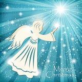 Cartolina di Natale Angelo e le stelle scintillanti nel cielo notturno Immagini Stock