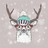 Cartolina di Natale con i cervi in cappello di inverno Progettazione di iscrizione di Buon Natale Illustrazione di vettore Fotografia Stock Libera da Diritti
