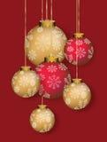 Cartolina di Natale con i fiocchi di neve alla sfera Fotografia Stock