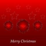 Cartolina di Natale con la sfera e le stelle rosse Fotografie Stock Libere da Diritti